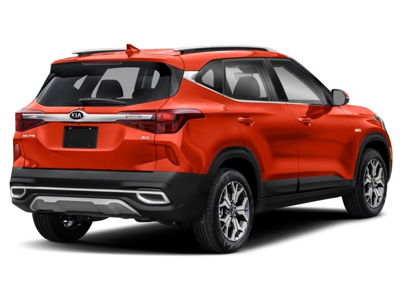 2021 Kia Seltos EX Lunar Orange  Shot 2